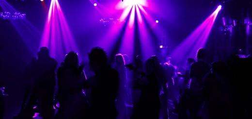 Disco-Club-Dancing_B